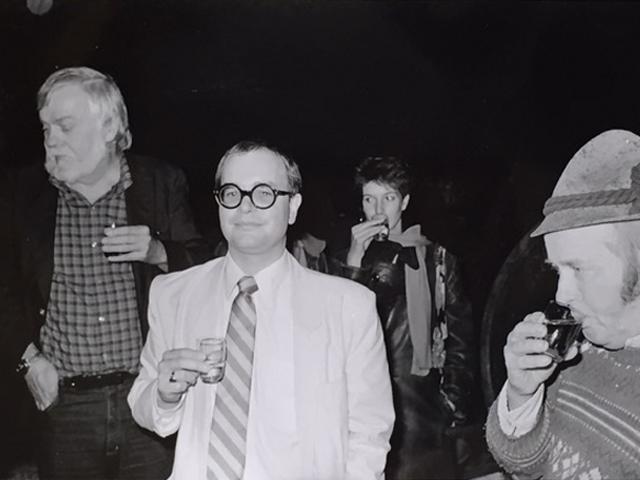 Wilmar Koenig mit John Baldessari und Weinbauer Peterl